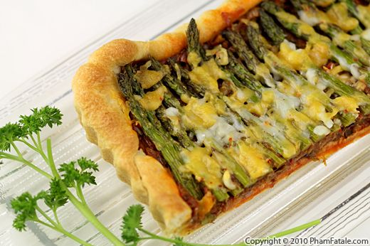 Ham, egg and asparagus tart. This recipe for a ham, egg and asparagus tart is a great option for a midweek meal for the family, or to make for a picnic in the summer. English asparagus is in season from 24 April until mid-June.